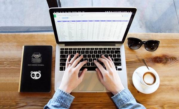 lập trình phần mềm quản lý tiệm nail tại Mona Media