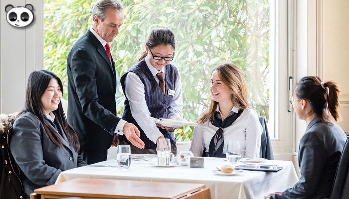 Những yếu tố để trở thành một nhà quản trị khách sạn chuyên nghiệp